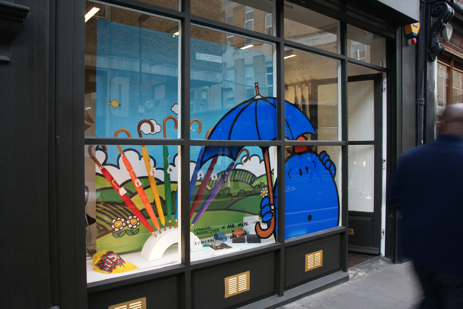 LONDON-UNDERCOVER-SHOP-HANBURY-STREET-SHOP-WINDOW-MR-MEN